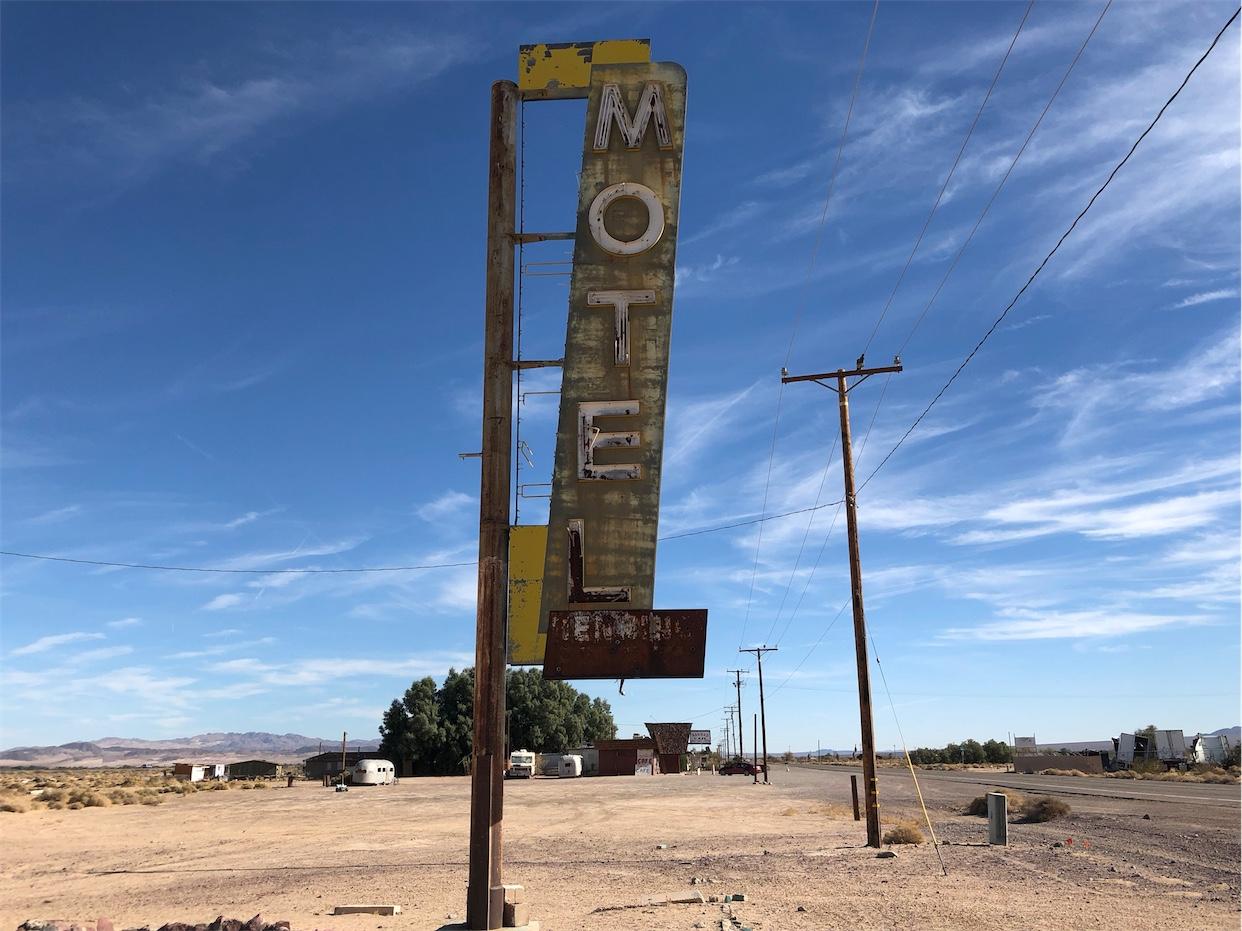 Bagdad Motel Sign